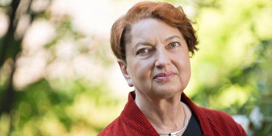 Portrait Annelie Buntenbach
